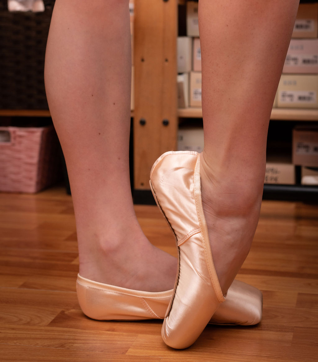 Dancers' Boutique-dancer-shoes