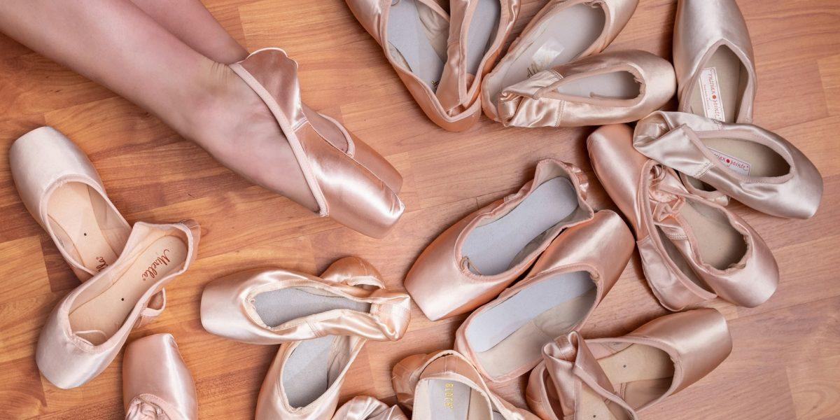Dancers'Boutique-pointe shoes